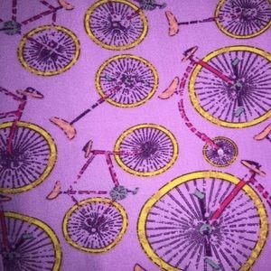 LulaRoe OS Bicycle print Legging